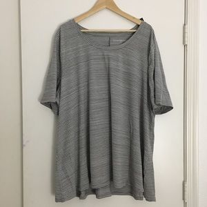 Grey/white striped swing tee size 26/28